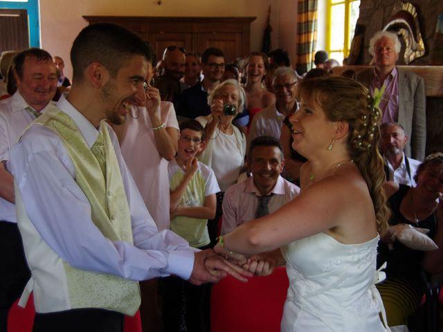 Le mariage de Dionysse et Kevin à Villeneuve-d'Allier, Haute-Loire 23