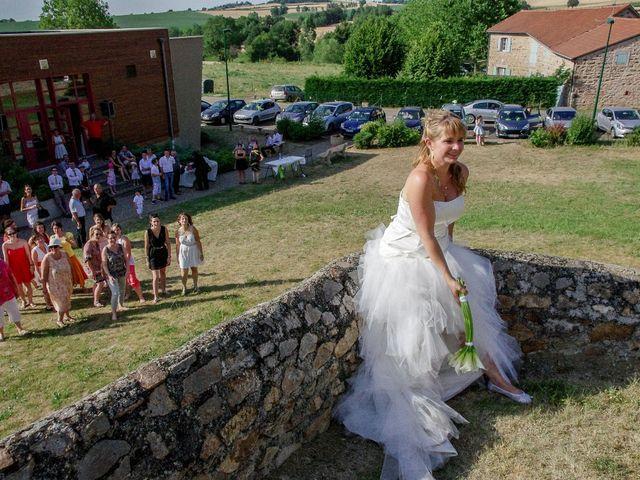 Le mariage de Dionysse et Kevin à Villeneuve-d'Allier, Haute-Loire 27