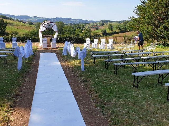 Le mariage de Cédric et Pauline à Saint-Laurent-de-Chamousset, Rhône 2