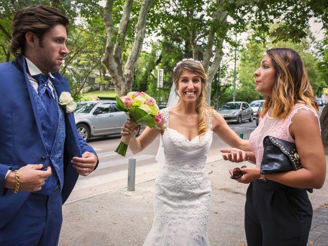 Le mariage de Anthony et Aline à Marseille, Bouches-du-Rhône 15