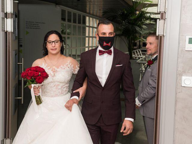 Le mariage de Vanessa et Nicolas à Saint-Priest, Rhône 13
