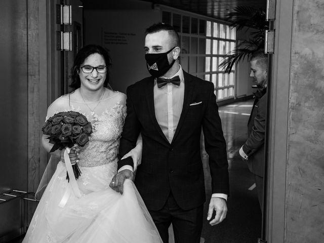 Le mariage de Vanessa et Nicolas à Saint-Priest, Rhône 14