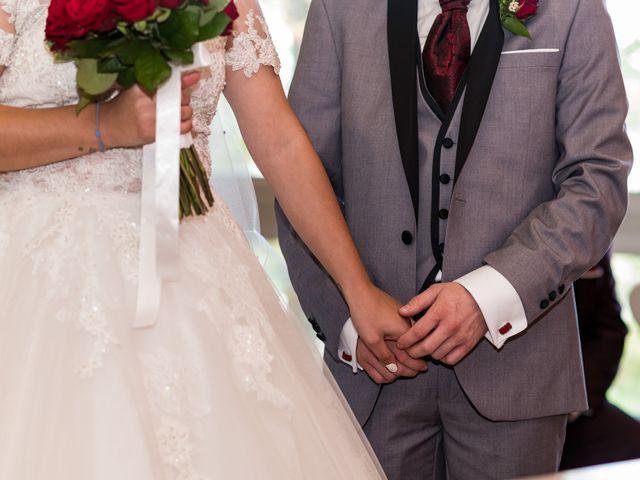 Le mariage de Vanessa et Nicolas à Saint-Priest, Rhône 19