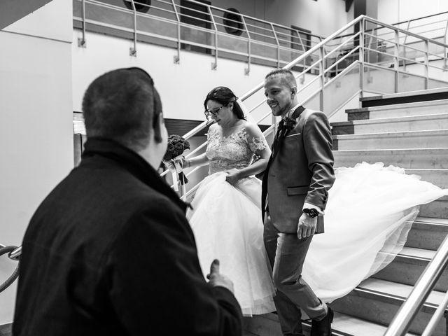 Le mariage de Vanessa et Nicolas à Saint-Priest, Rhône 25