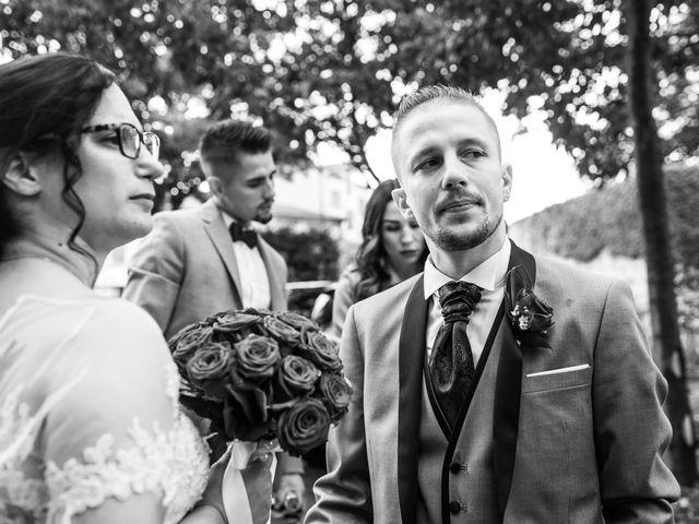 Le mariage de Vanessa et Nicolas à Saint-Priest, Rhône 33