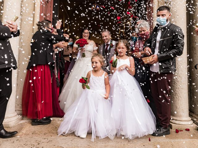 Le mariage de Vanessa et Nicolas à Saint-Priest, Rhône 1