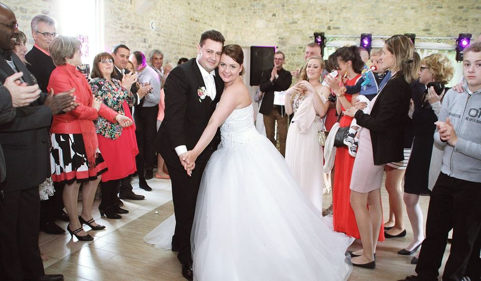 Le mariage de Franck et Léa à Soignolles, Calvados