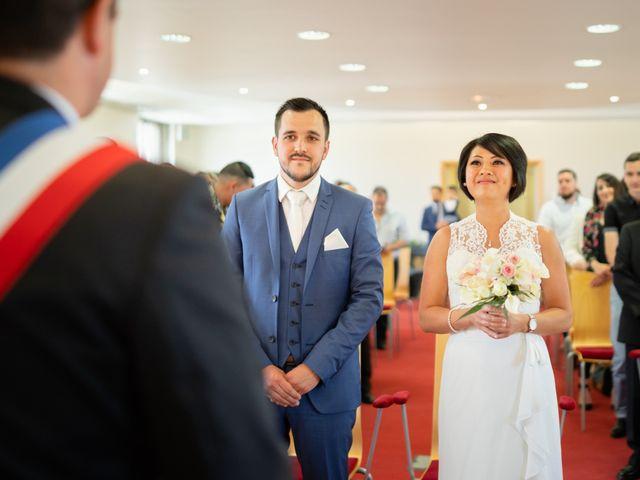 Le mariage de Julien et Davone à Vigny, Val-d'Oise 3