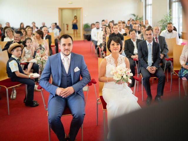 Le mariage de Julien et Davone à Vigny, Val-d'Oise 6