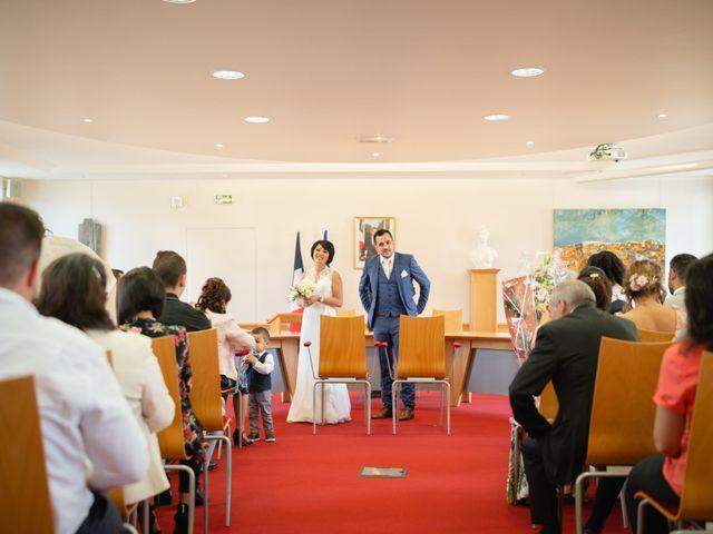 Le mariage de Julien et Davone à Vigny, Val-d'Oise 14