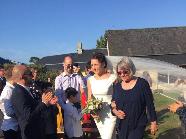 Le mariage de Guillaume et Katie à Port-en-Bessin-Huppain, Calvados 5