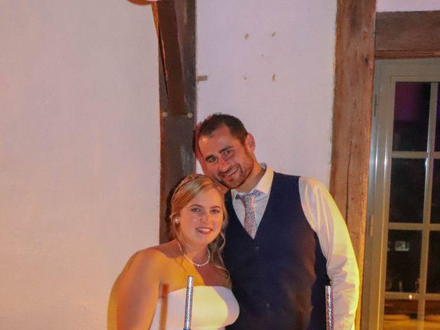Le mariage de Charly et Pauline à Saint-Ouen-du-Mesnil-Oger, Calvados 25