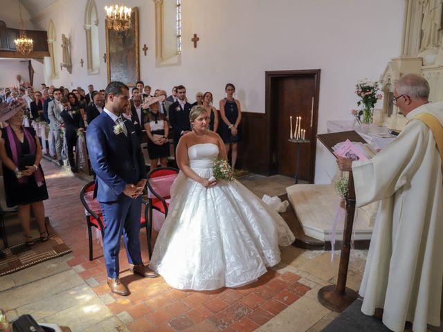 Le mariage de Charly et Pauline à Saint-Ouen-du-Mesnil-Oger, Calvados 30