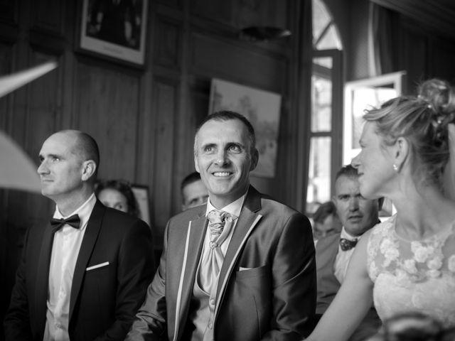 Le mariage de Vincent et Barbara à Bourg-des-Comptes, Ille et Vilaine 25