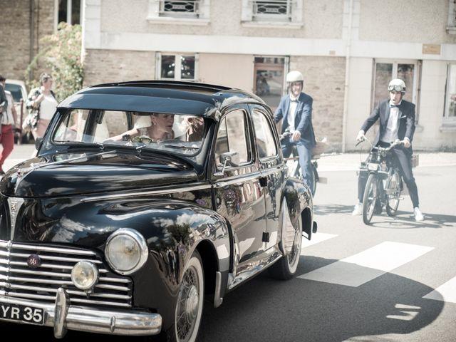 Le mariage de Vincent et Barbara à Bourg-des-Comptes, Ille et Vilaine 34