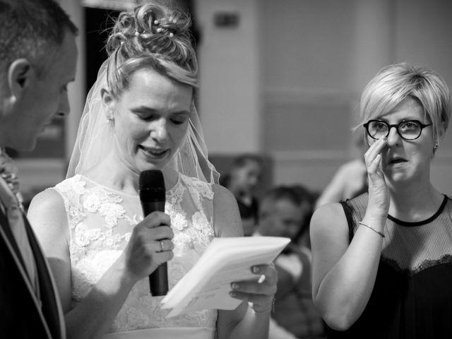 Le mariage de Vincent et Barbara à Bourg-des-Comptes, Ille et Vilaine 42