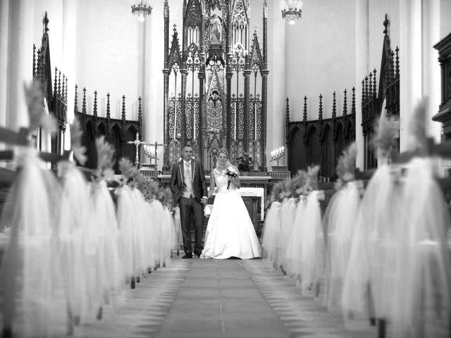Le mariage de Vincent et Barbara à Bourg-des-Comptes, Ille et Vilaine 48