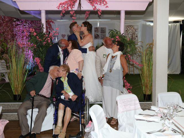 Le mariage de Peryann et Sabrina à Pleudihen-sur-Rance, Côtes d'Armor 48