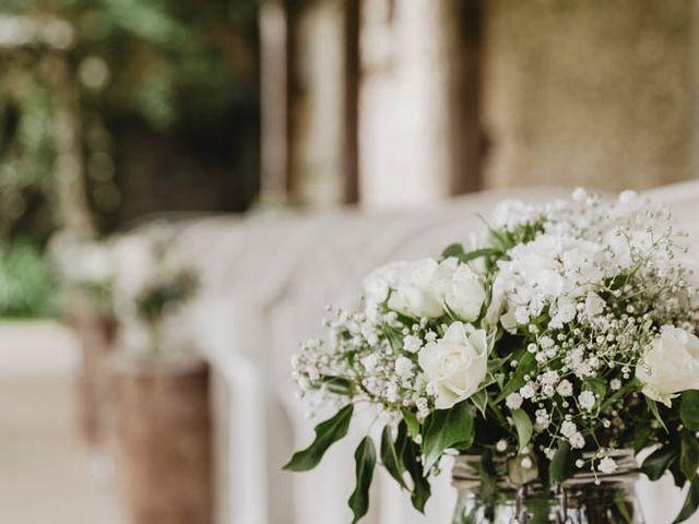 Le mariage de Johann et Laura à Nogent-le-Roi, Eure-et-Loir 26