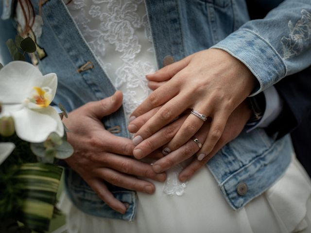 Le mariage de Guillaume et Valentine à Izon, Gironde 33