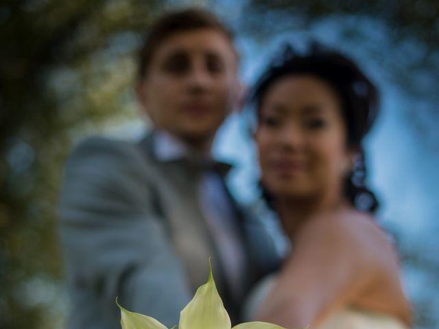 Le mariage de Victor et Youlie à Charly, Rhône 16