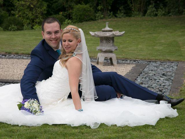 Le mariage de Amélie et Benoît à Leers, Nord 35