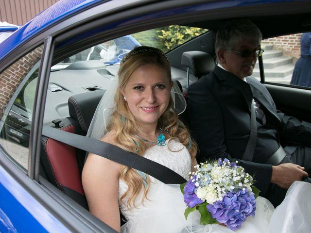 Le mariage de Amélie et Benoît à Leers, Nord 38
