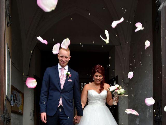 Le mariage de David et Nina à Denain, Nord 17
