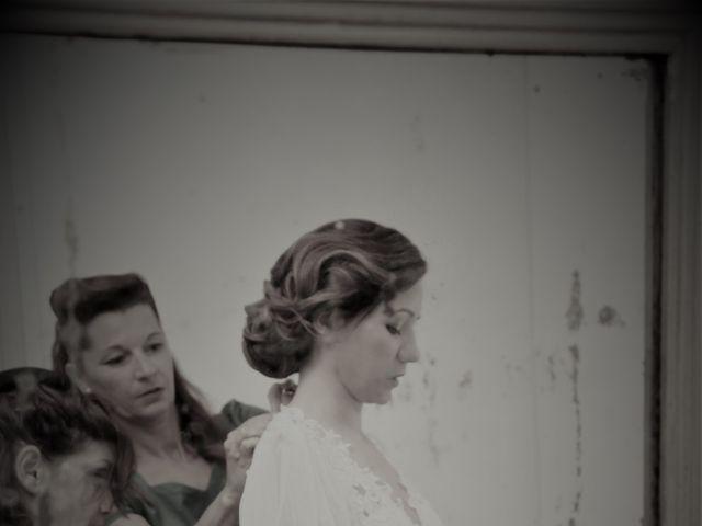 Le mariage de Emmanuel et Chloe à Saint-Gilles, Gard 7