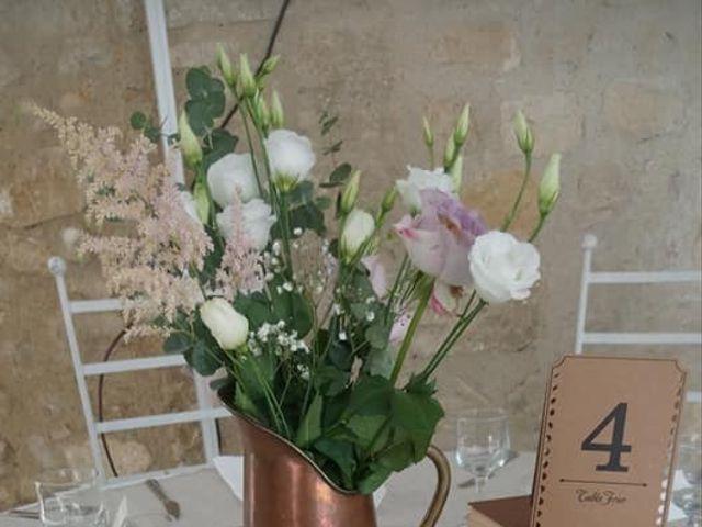 Le mariage de Emmanuel et Chloe à Saint-Gilles, Gard 23