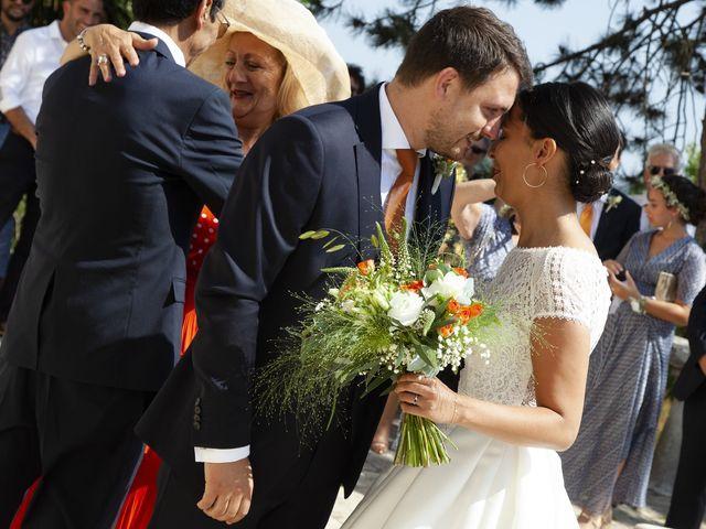 Le mariage de Charles-Henry et Sana à Angoulême, Charente 23