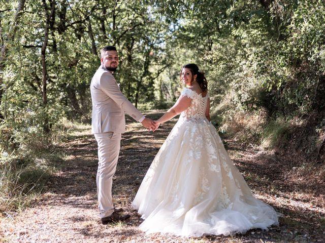 Le mariage de Thomas et Anaïs à Saint-Germain-des-Prés, Tarn 2