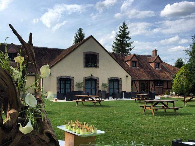 Le mariage de Romain et Aurélie à Viglain, Loiret 4