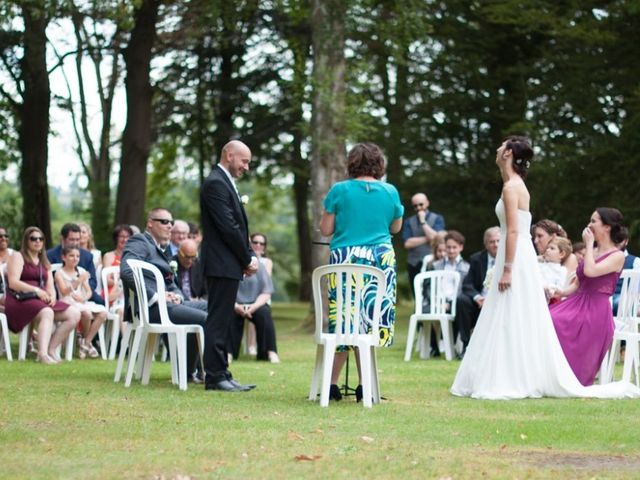 Le mariage de Sébastien et Aurélie à Forges-les-Eaux, Seine-Maritime 20
