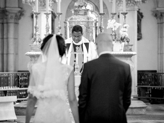 Le mariage de Olivier et Aurélie à Nolay, Côte d'Or 1