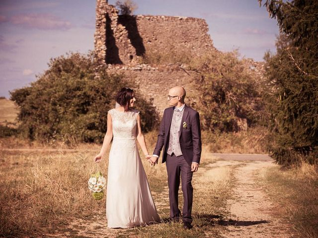 Le mariage de Olivier et Aurélie à Nolay, Côte d'Or 57