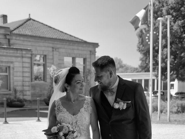 Le mariage de Fabien et Lauriane à Ambarès-et-Lagrave, Gironde 10