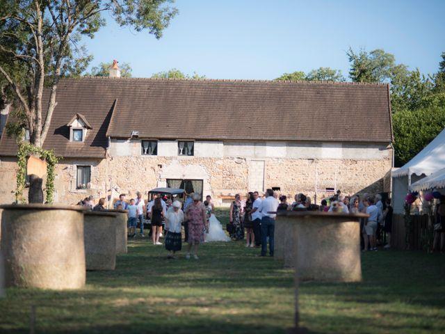 Le mariage de Thomas et Elodie à Saint-Maurice-lès-Couches, Saône et Loire 29