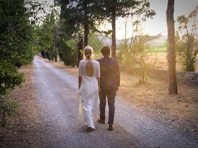 Le mariage de Valentin et Capucine à Conqueyrac, Gard 13