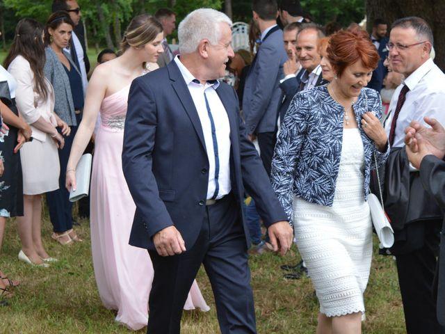 Le mariage de Florian et Audrey à Maxent, Ille et Vilaine 66