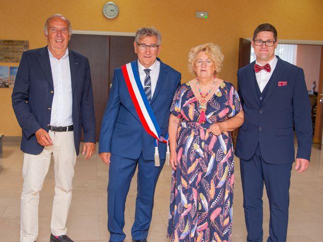 Le mariage de Emmanuel et Yaye à Cucq, Pas-de-Calais 3