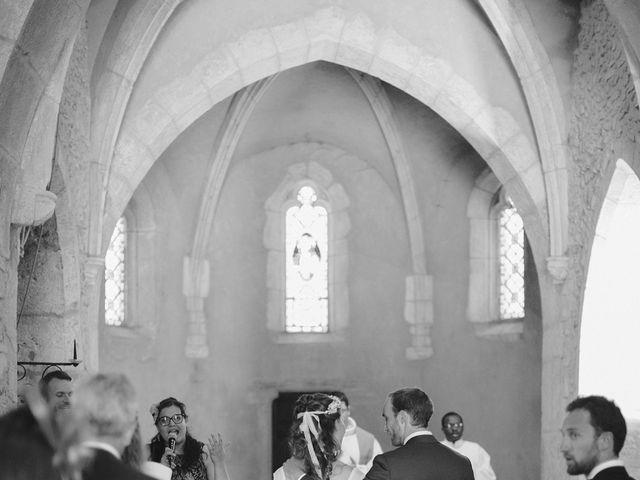 Le mariage de Max et Sophie à Saint-Éloi, Nièvre 9