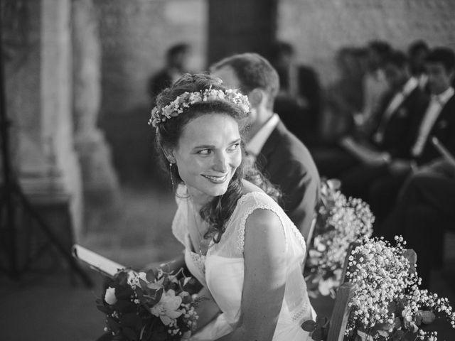 Le mariage de Max et Sophie à Saint-Éloi, Nièvre 11