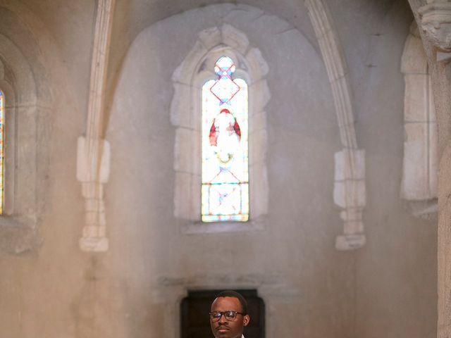 Le mariage de Max et Sophie à Saint-Éloi, Nièvre 13
