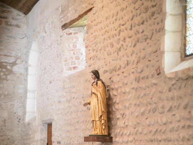 Le mariage de Max et Sophie à Saint-Éloi, Nièvre 17