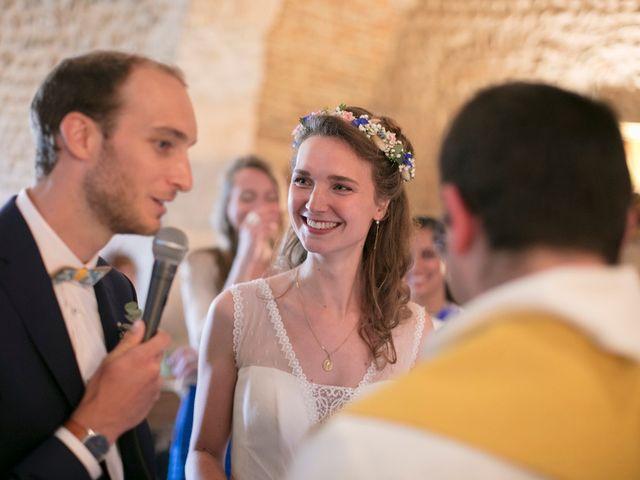 Le mariage de Max et Sophie à Saint-Éloi, Nièvre 19