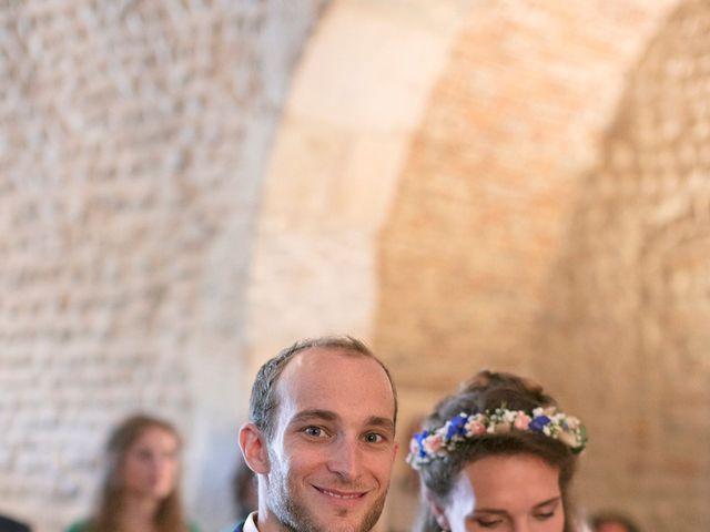 Le mariage de Max et Sophie à Saint-Éloi, Nièvre 22