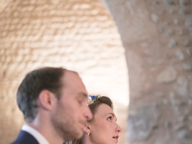 Le mariage de Max et Sophie à Saint-Éloi, Nièvre 25