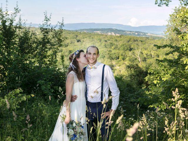 Le mariage de Max et Sophie à Saint-Éloi, Nièvre 36