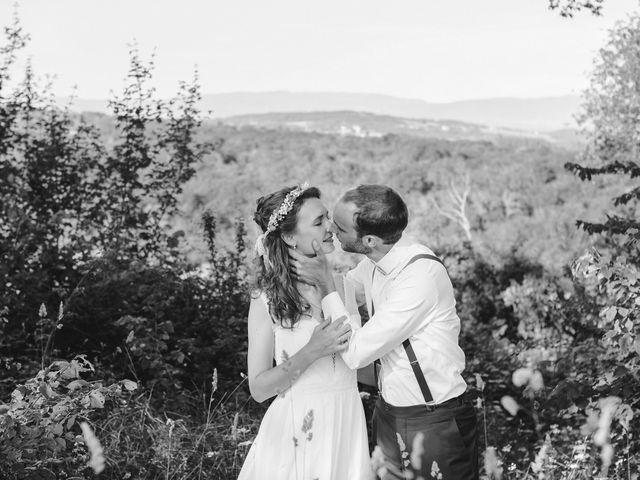 Le mariage de Max et Sophie à Saint-Éloi, Nièvre 37